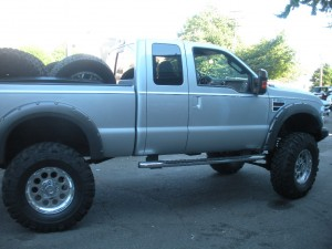 2008 F350 lifted 8inches on 41inch tires 1